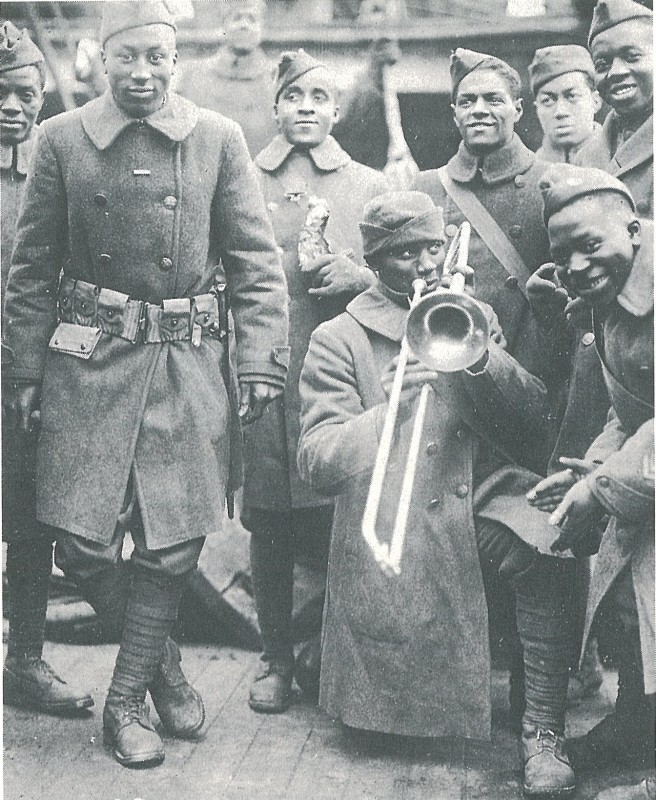walk-the-spririt-369th_harlem_infantry_regiment_upon_return_to_new_york-656x800